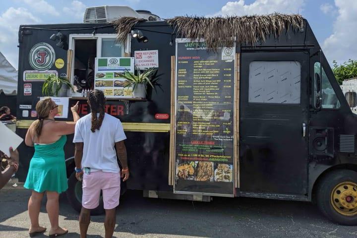 Jerk at Nite food truck