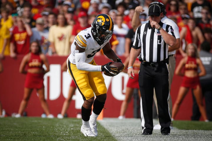 Iowa WR Tyrone Tracy, Jr., tiptoes along the sidelines after making a catch in the first quarter against Iowa (Sept. 11, 2021)