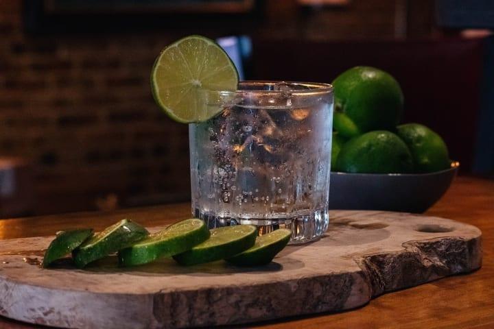 CBD gin and tonic