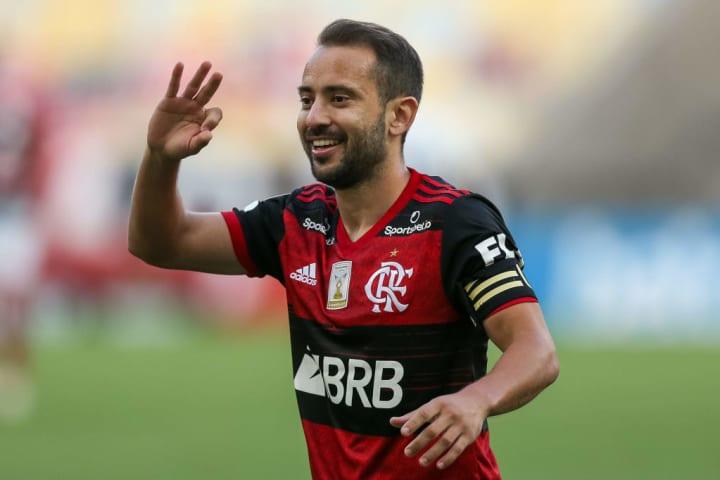 Everton Ribeiro