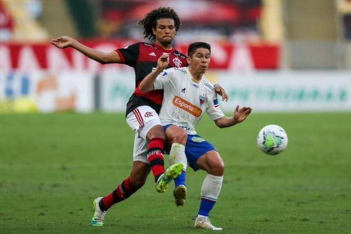 Osvaldo, Willian Arao