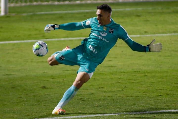 Fernando Prass Goleiro Ceará Aposentadoria 2021 Palmeiras Vasco