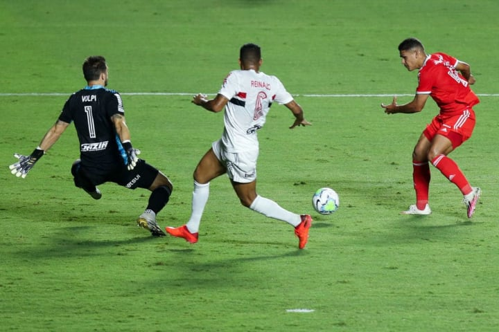 Caio Vidal Internacional São Paulo Campeonato Brasileiro Reinado Tiago Volpi