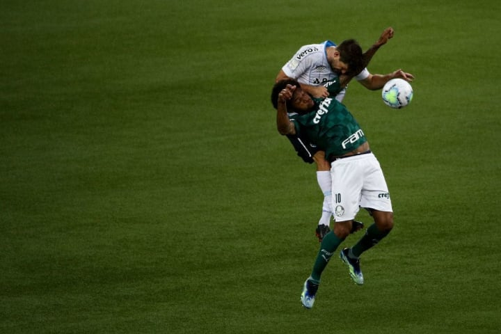 Walter Kannemann Luiz Adriano Grêmio Palmeiras Rivalidade