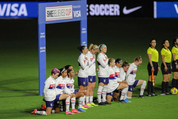 Three players did not stand for the USWNT for their SheBelieves Cup opener