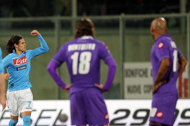 Edinson Cavani mencetak lima gol melawan Fiorentina selama waktunya di Italia