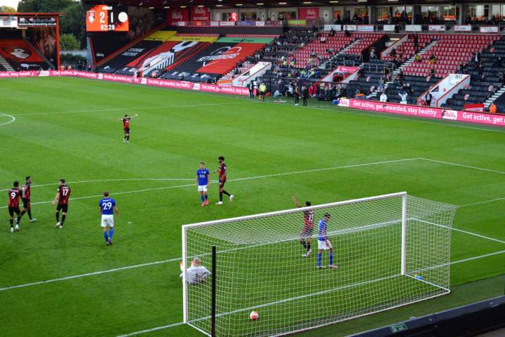 Leicester fell to a shock 4-1 defeat at Bournemouth