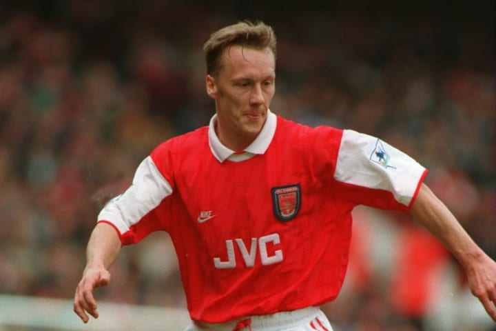 Lee Dixon was Arsenal's first-choice right-back