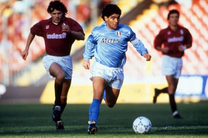 Diego Armando Maradona, Giuseppe Carillo