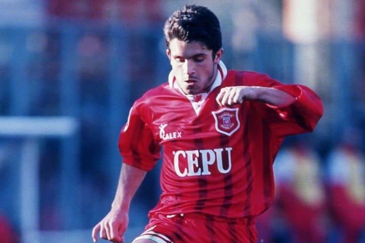 Gattuso, centrocampista del Perugia, alla prima esperienza professionistica