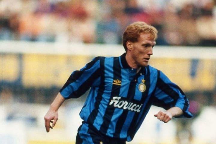 Matthias Sammer hanya bertahan selama satu tahun dengan Inter.
