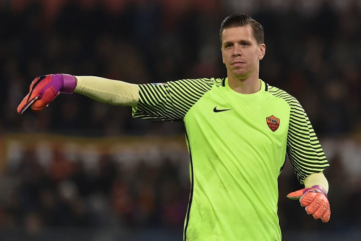 Szczesny kept 22 clean sheets in 72 Serie A games for Roma between 2015 and 2017