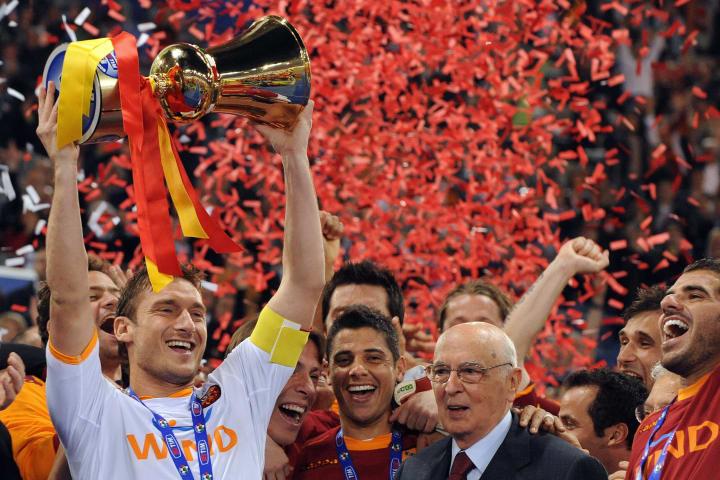 AS Roma's Francesco Totti holds the Ital