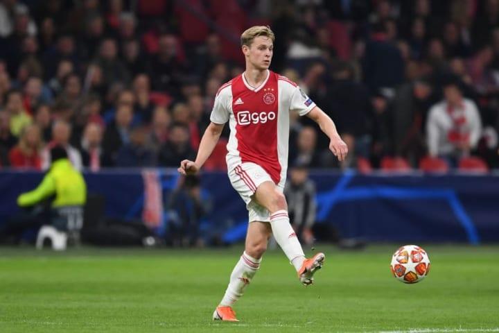 Frenkie De Jong s'est illustré avec l'Ajax Amsterdam.