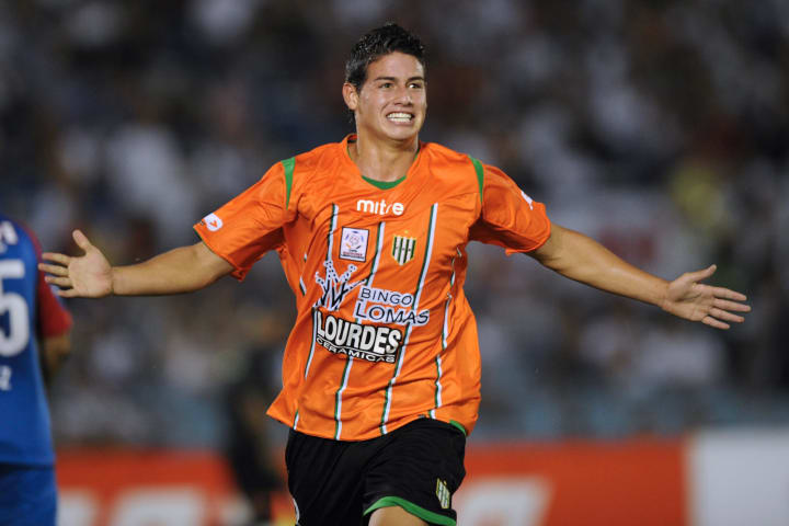 Argentinian Banfield's player James Rodr