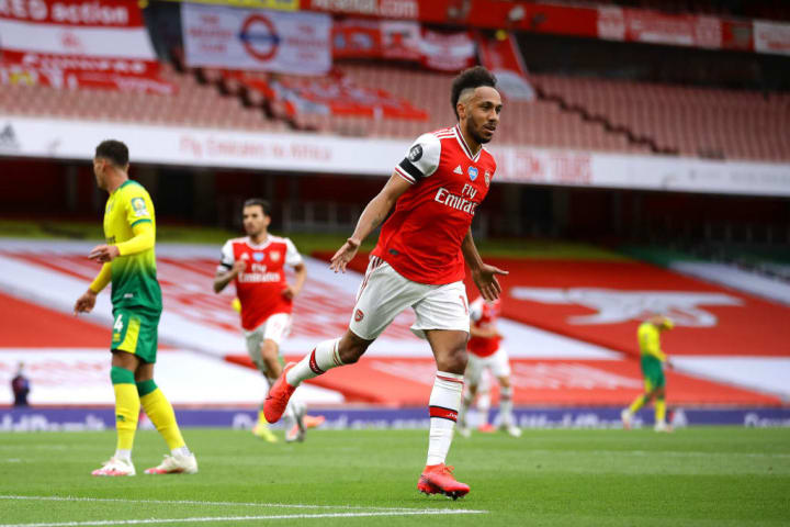 Aubameyang celebrates against Norwich