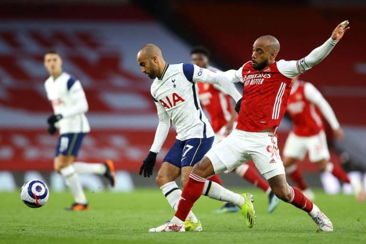 Lucas Moura started in the Tottenham midfield three