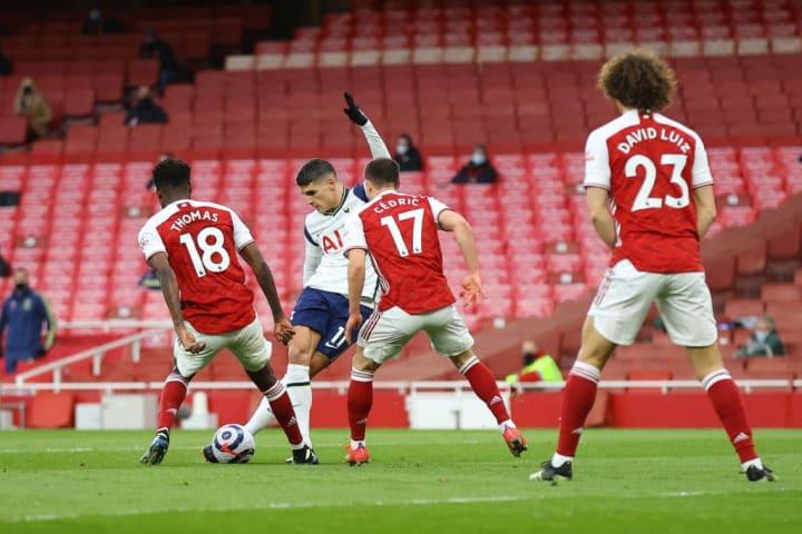Erik Lamela's superb rabona against Arsenal last season