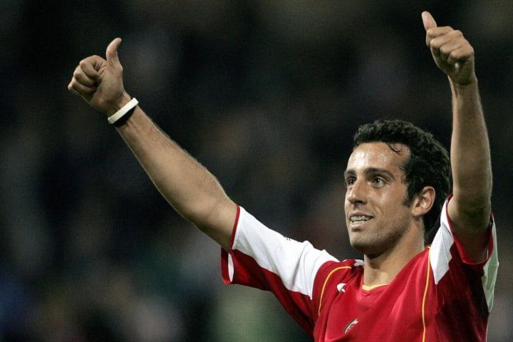 Arsenal's Edu celebrates scoring his goa