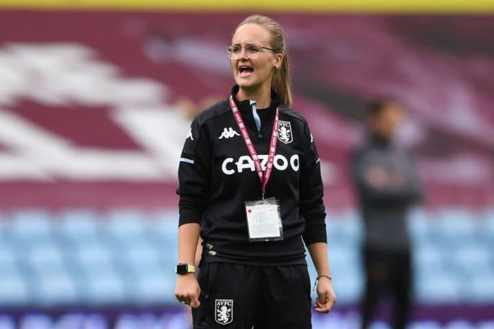 Gemma Davies' Villa side held their own against Manchester City