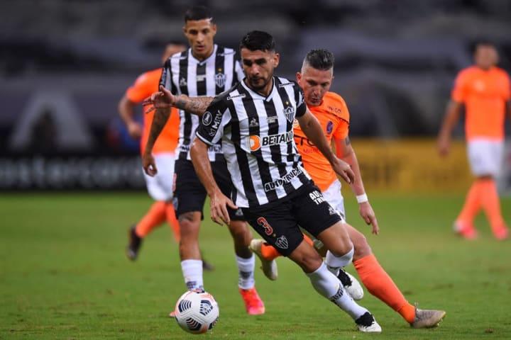 Charlis Ortiz Junior Alonso Zagueiro Atlético-MG Brasil