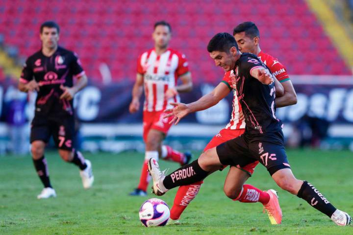 Jesús Angulo, Ricardo Chávez