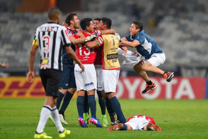 Atlético-MG Jorge Wilstermann Eliminação Oitavas Libertadores 2011