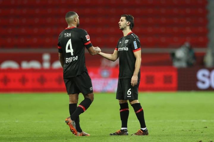 Die Leverkusener Zukunft von Tah und Dragovic ist ungeklärt