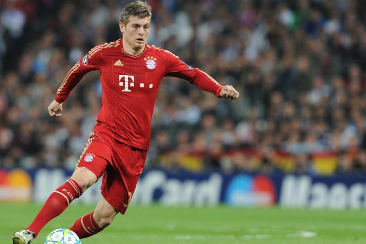 Bayern Munich's midfielder Toni Kroos pl