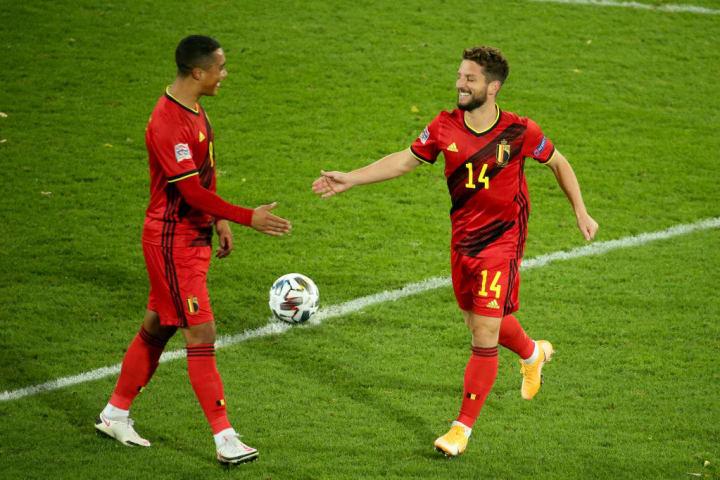 Mertens' free kick made it 2-0
