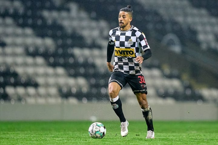 Paulinho Boavista Al-Shabab Mercado