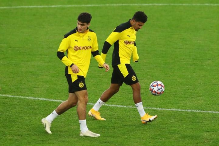 Giovanni Reyna (18) und Jadon Sancho (20) brächten Spielwitz auf die Neuner-Position
