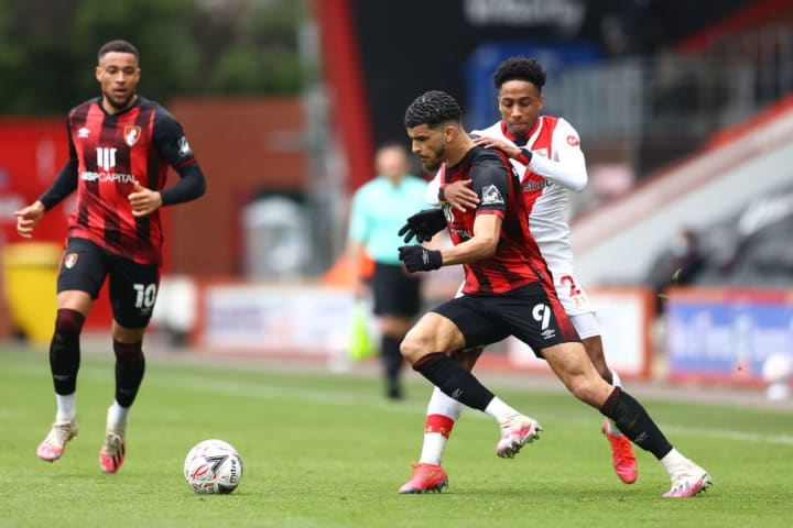 Dominic Solanke found himself swallowed up by the Southampton backline