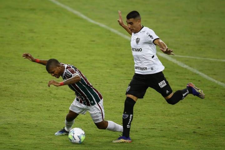 Junior Alonso John Kennedy Atlético-MG Zagueiro Estrangeiro Futebol brasileiro