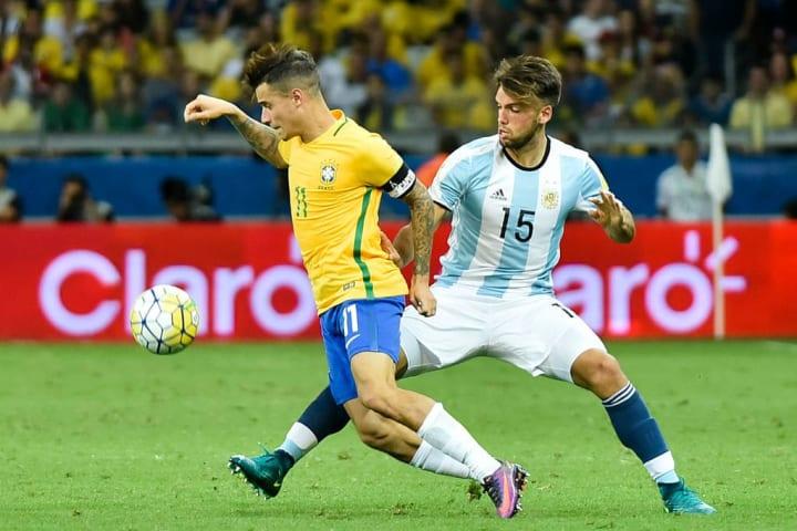 Philippe Coutinho Emmanuel Mas Brasil Argentina Eliminatórias Copa do Mundo