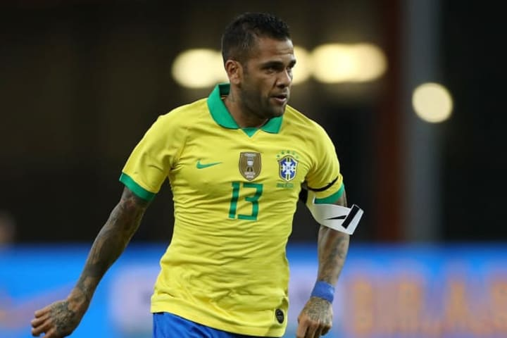 Dani Alves appears an over-age player for Brazil