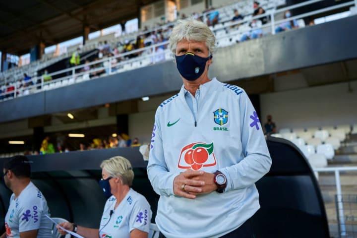 Pia Sundhage Brasil Rússia Amistoso Olimpíadas