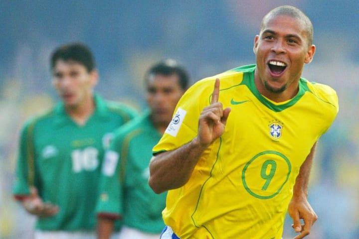 Ronaldo il Fenomeno con la maglia del Brasile