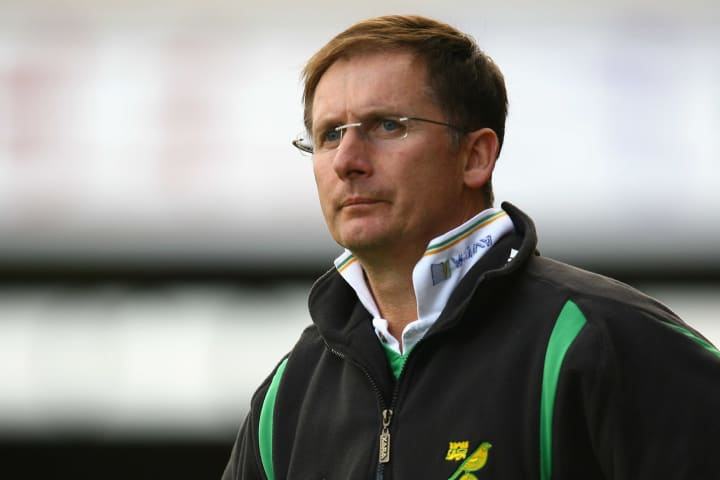 Roeder's most recent managerial role was with the Canaries