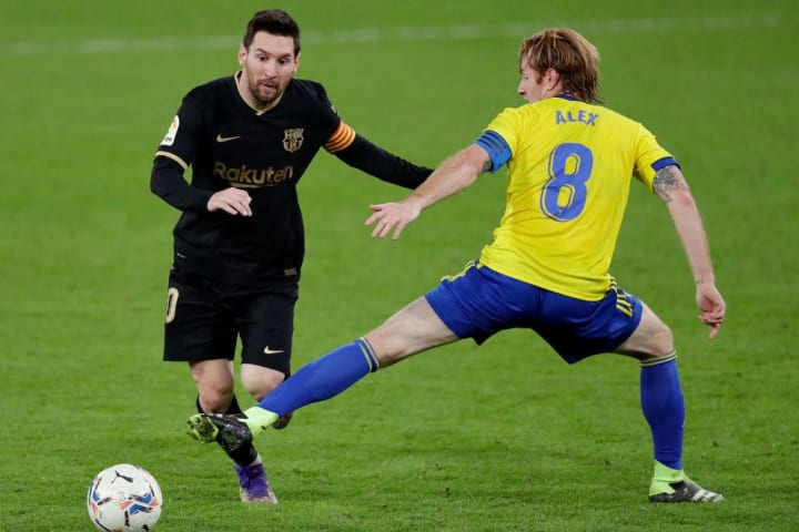 Messi was on the losing side at the weekend as Barça lost 2-1 at Cadiz in La Liga.