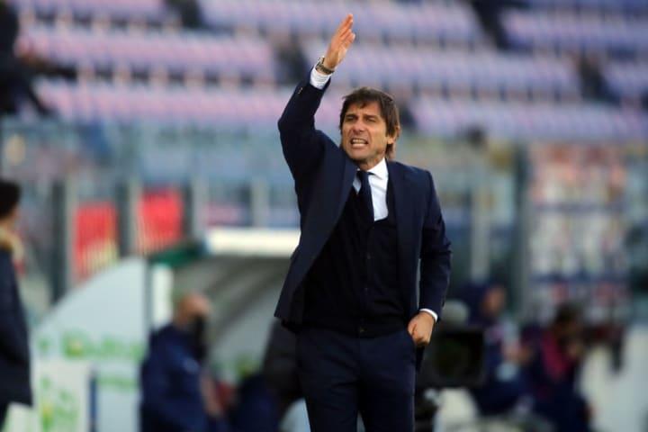 Antonio Conte tiene mano dura con sus jugadores
