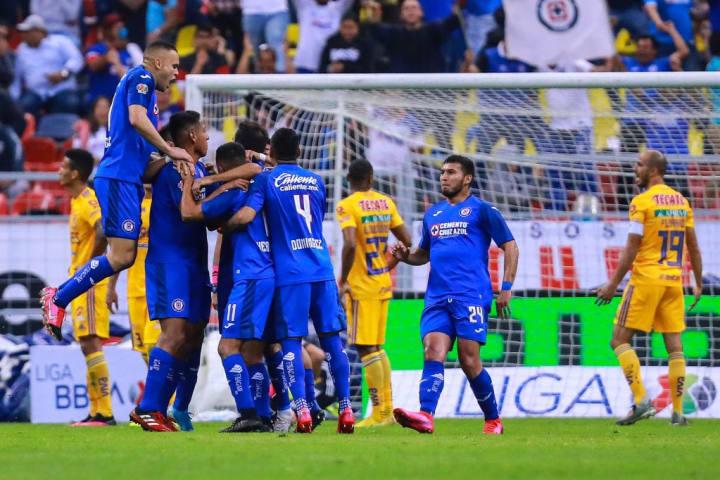 Cruz Azul v Tigres UANL - Torneo Clausura 2020 Liga MX