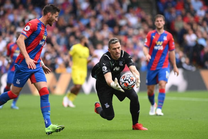 Vicente Guaita in action for Crystal Palace