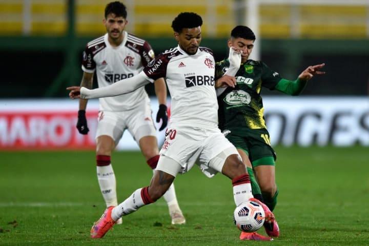 Bruno Viana Flamengo Braga Mercado