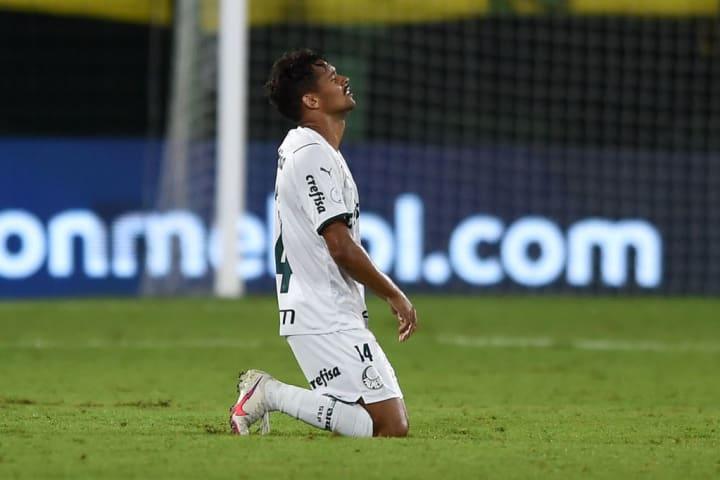 Gustavo Scarpa Palmeiras Defensa y Justicia Recopa Destaque