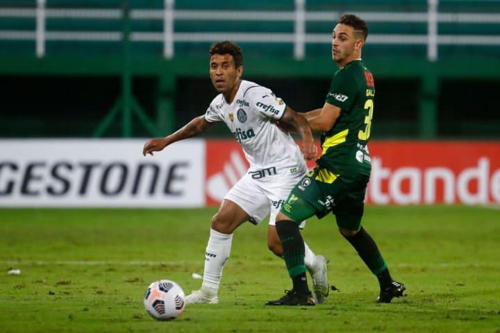 Marcos Rocha Nahuel Gallardo Palmeiras Defensa y Justicia Libertadores Escalações