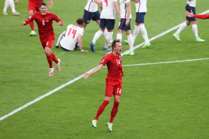 Mikkel Damsgaard opened the scoring with a stunning strike