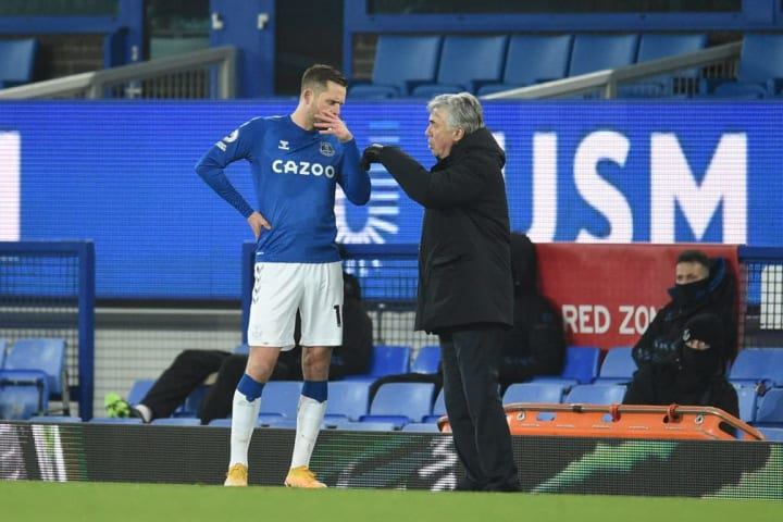 Sigurdsson stepped in to replace the injured Dominic Calvert-Lewin