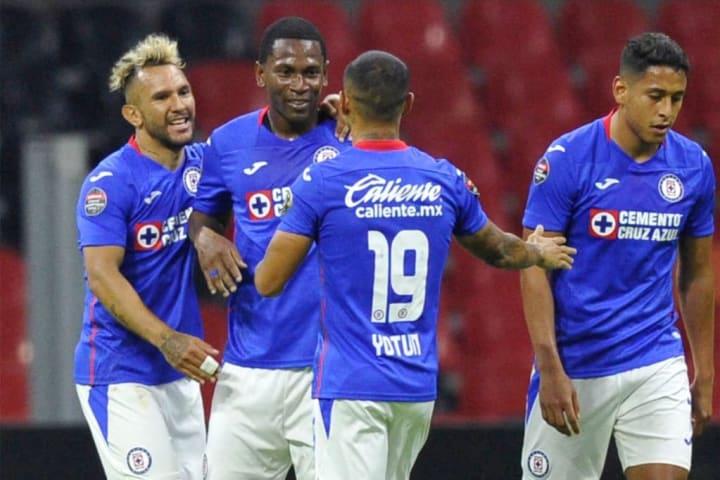 FBL-CONCACAF-CRUZ AZUL-TORONTO FC