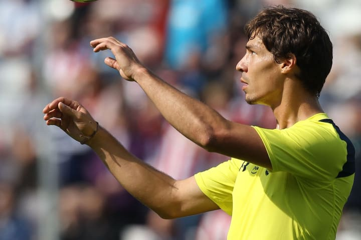 Stambouli arrived with high hopes